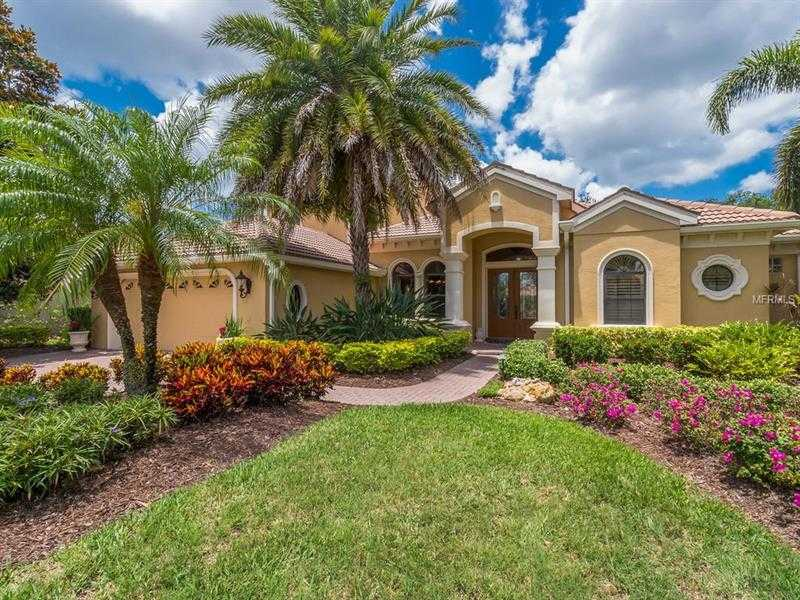 $739,900 - 4Br/4Ba -  for Sale in Lakewood Ranch Ccv Sp V/w, Lakewood Ranch
