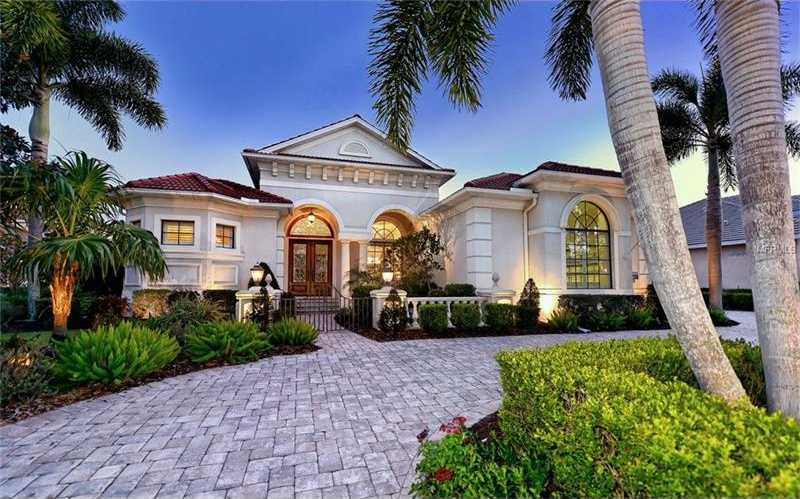 $1,350,000 - 4Br/4Ba -  for Sale in Lakewood Ranch Ccv Sp Ff, Lakewood Ranch