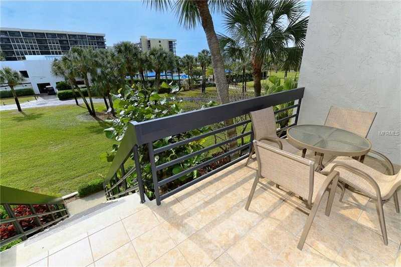 $579,000 - 2Br/2Ba -  for Sale in Beachplace I, Longboat Key