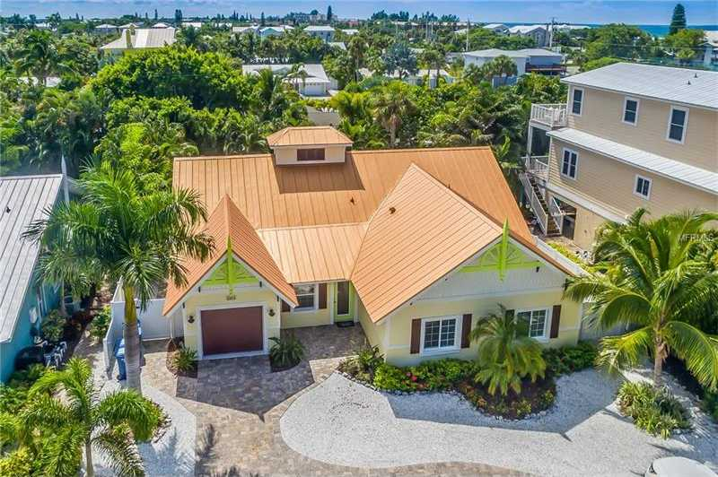 $1,369,000 - 4Br/4Ba -  for Sale in West Wind Shores, Holmes Beach