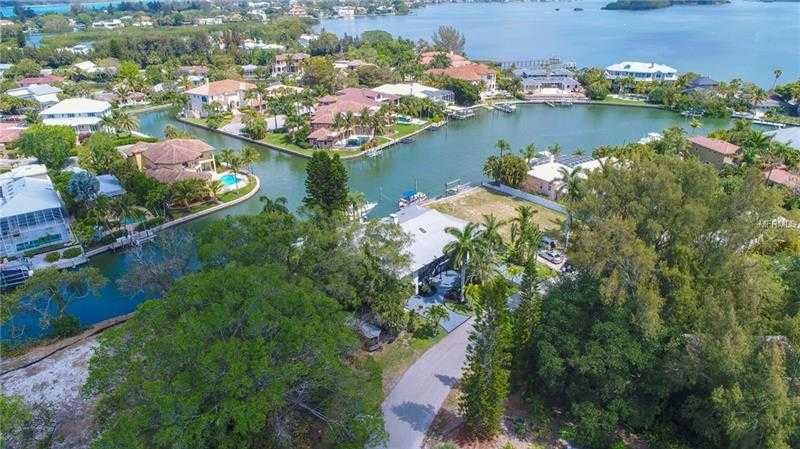 $2,499,999 - 4Br/7Ba -  for Sale in Siesta Beach, Siesta Key