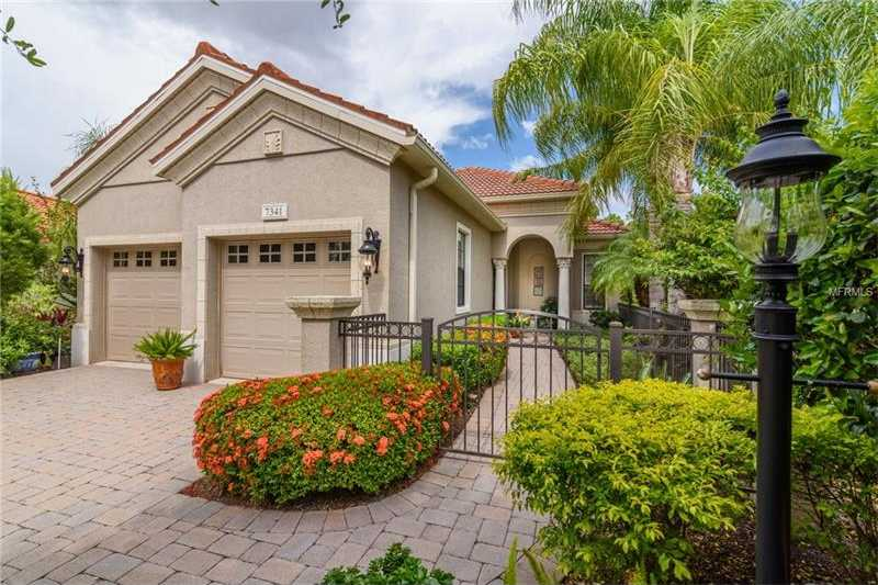 $467,000 - 2Br/2Ba -  for Sale in Lakewood Ranch Cc, Lakewood Ranch
