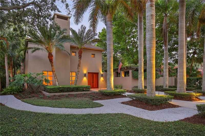 $2,600,000 - 4Br/4Ba -  for Sale in Oyster Bay, Sarasota
