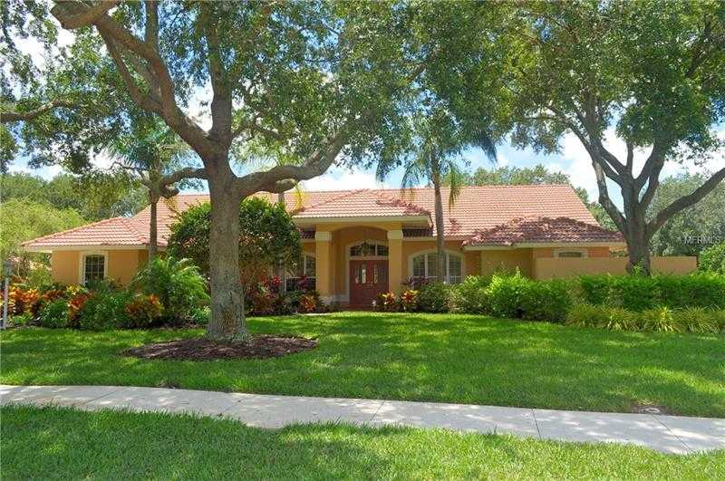 $539,000 - 3Br/3Ba -  for Sale in Misty Creek, Sarasota