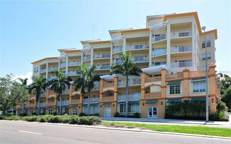 $499,000 - 3Br/3Ba -  for Sale in San Marco, Sarasota