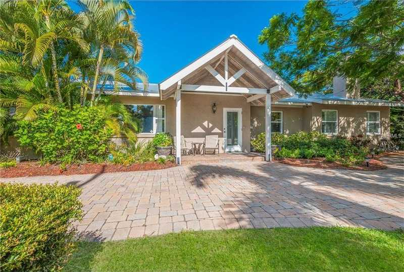 $760,000 - 3Br/2Ba -  for Sale in Bay View Heights Add, Sarasota