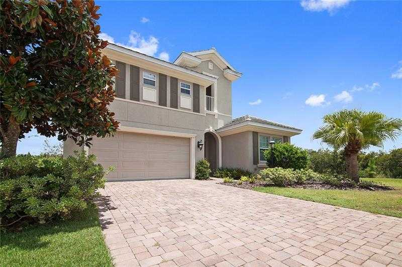 $595,000 - 3Br/3Ba -  for Sale in Country Club East At Lakewood Ranch, Lakewood Ranch