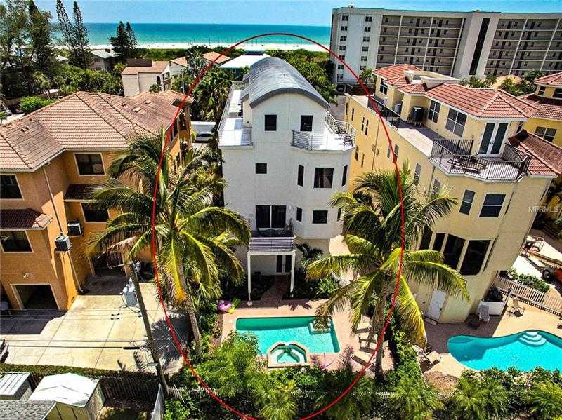 $1,995,000 - 3Br/4Ba -  for Sale in Siesta Villa 2, Sarasota