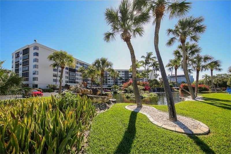 $314,000 - 1Br/1Ba -  for Sale in Harbor Towers Y & R, Sarasota