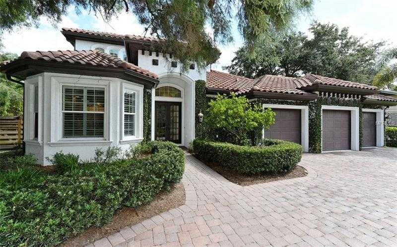 $1,200,000 - 3Br/3Ba -  for Sale in Bay View Heights, Sarasota
