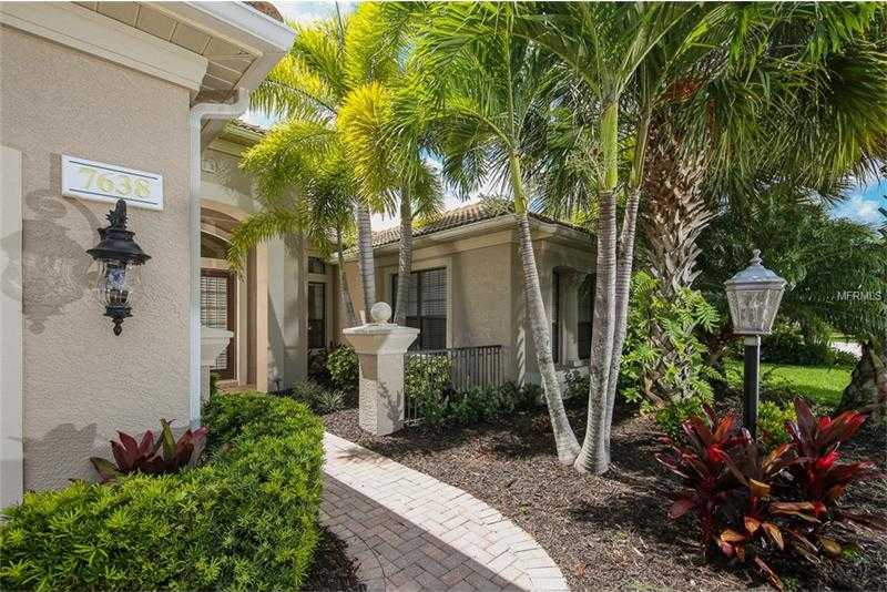 $725,000 - 3Br/3Ba -  for Sale in Lakewood Ranch Ccv Sp Ee U2a-2e, Lakewood Ranch