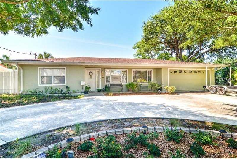 $3,900 - 4Br/3Ba -  for Sale in Stoney Point Sub, Tampa