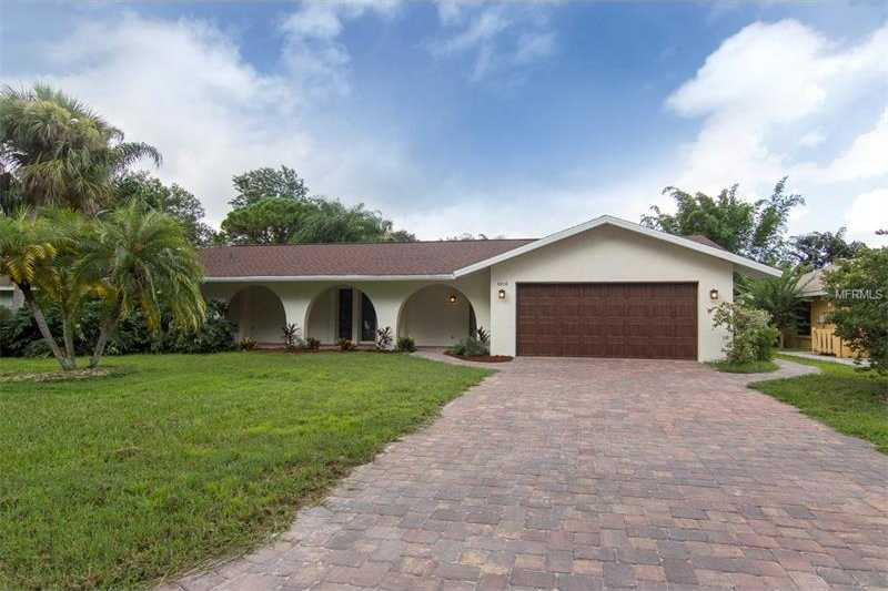 $339,900 - 3Br/2Ba -  for Sale in Meadows The, Sarasota