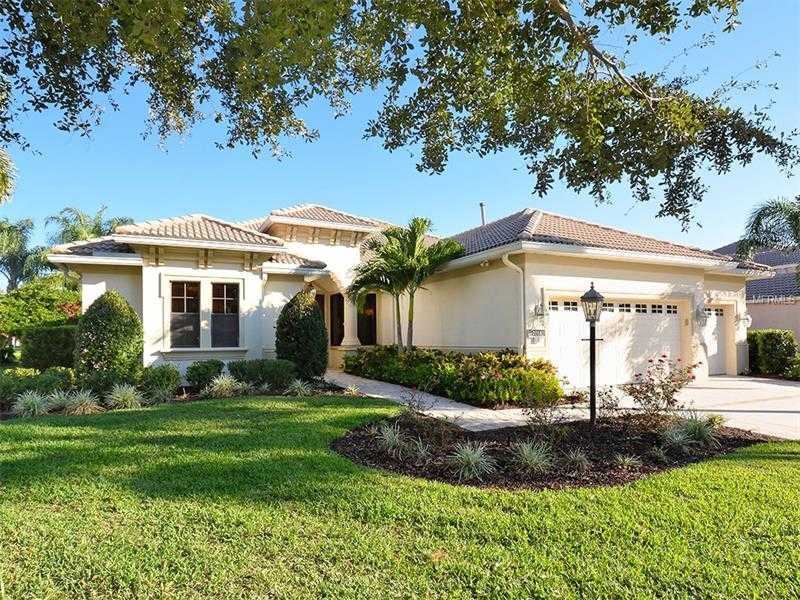 $654,900 - 4Br/3Ba -  for Sale in Lakewood Ranch Ccv, Lakewood Ranch