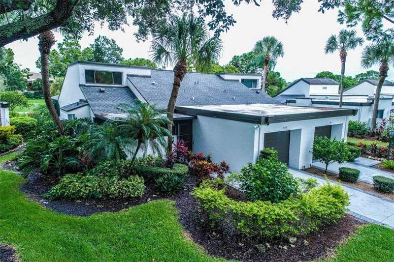 $285,000 - 3Br/2Ba -  for Sale in Meadows The, Sarasota