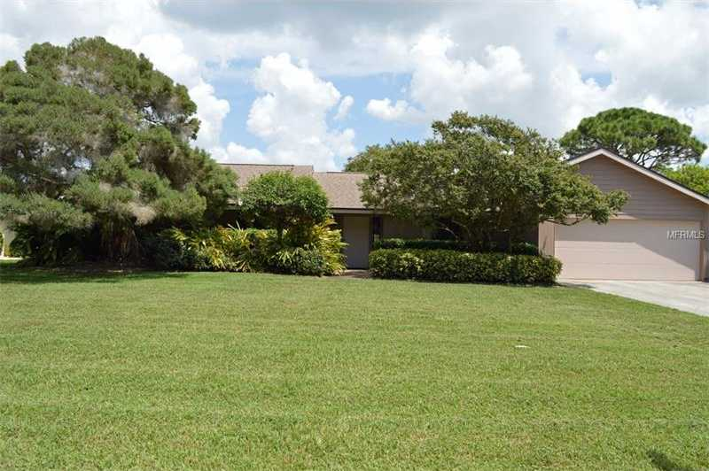 $315,000 - 3Br/2Ba -  for Sale in Meadows The, Sarasota