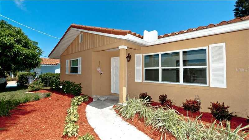 $739,000 - 3Br/3Ba -  for Sale in Bay Palms Unit 10, Holmes Beach