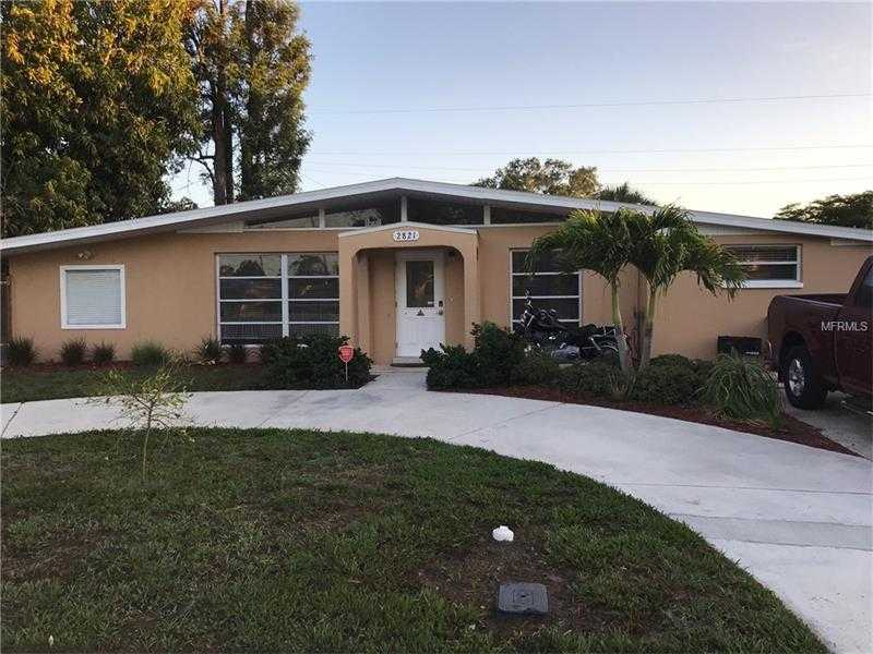 $310,000 - 5Br/2Ba -  for Sale in Greenbriar Homes, Sarasota