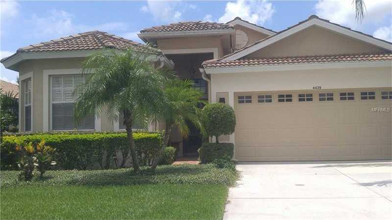 $410,000 - 2Br/2Ba -  for Sale in Heritage Oaks Golf & Country Club, Sarasota