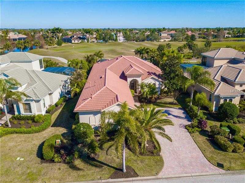 $699,999 - 3Br/3Ba -  for Sale in Lakewood Ranch Ccv Sp Ii, Lakewood Ranch