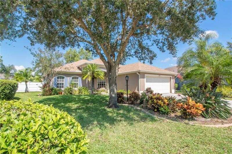 $317,000 - 3Br/2Ba -  for Sale in Carlyle At The Villages Of Palm Aire, Sarasota