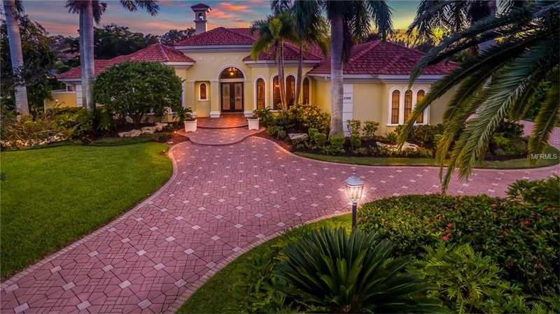 $1,420,000 - 4Br/5Ba -  for Sale in Lakewood Ranch Ccv Sp U/ X, Lakewood Ranch