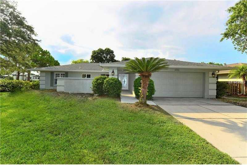 $319,000 - 3Br/2Ba -  for Sale in Meadows The, Sarasota