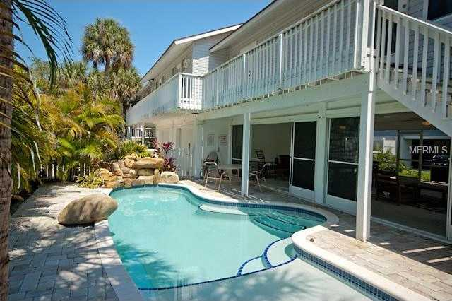 $1,049,000 - 5Br/5Ba -  for Sale in Edgemere, Holmes Beach