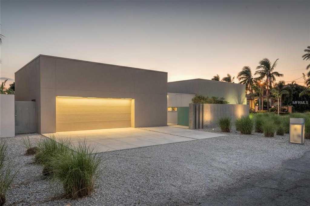 $2,495,000 - 3Br/3Ba -  for Sale in Lido C, Sarasota