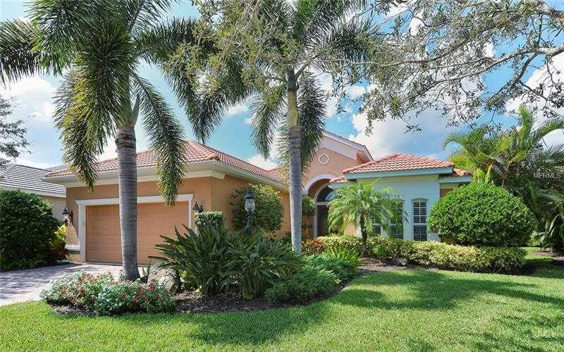 $630,000 - 4Br/4Ba -  for Sale in Lakewood Ranch Ccv Sp Ee Un3a-3c, Lakewood Ranch