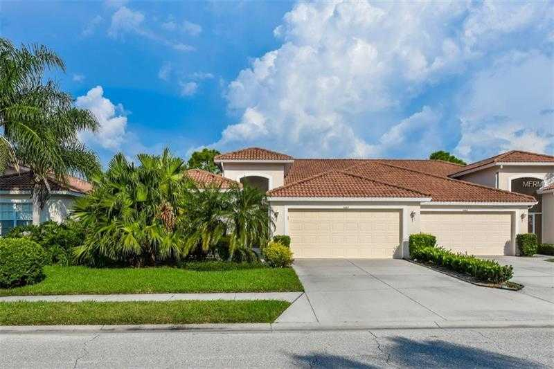 $345,000 - 2Br/2Ba -  for Sale in Heritage Oaks Golf & Country Club, Sarasota