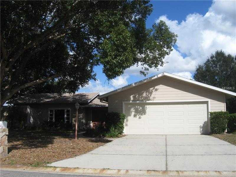 $297,500 - 3Br/2Ba -  for Sale in Bent Tree Village, Sarasota