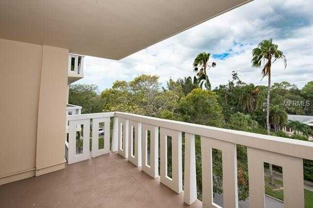 $249,000 - 1Br/1Ba -  for Sale in Shore Crest Condo, St Petersburg