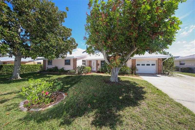 $839,000 - 4Br/4Ba -  for Sale in Bay Palms 12th Unit, Holmes Beach