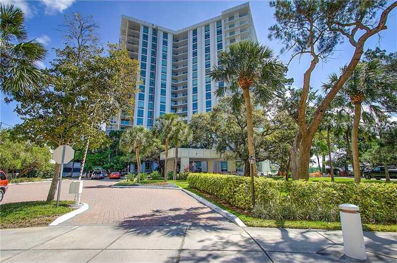$460,000 - 2Br/2Ba -  for Sale in One Watergate, Sarasota