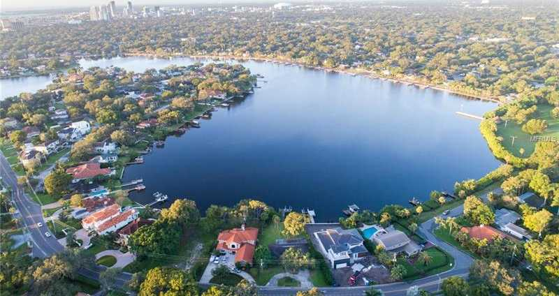 $1,049,000 - 4Br/3Ba -  for Sale in Snell Isle Shores Add, St Petersburg