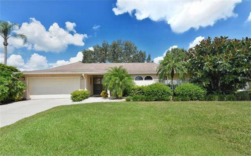 $383,000 - 4Br/2Ba -  for Sale in The Meadows, Sarasota