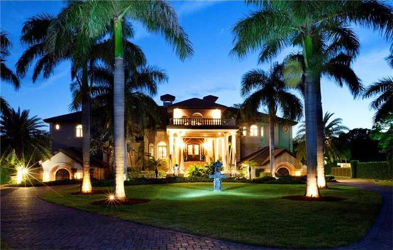 $6,975,000 - 5Br/7Ba -  for Sale in Sarasota, Sarasota