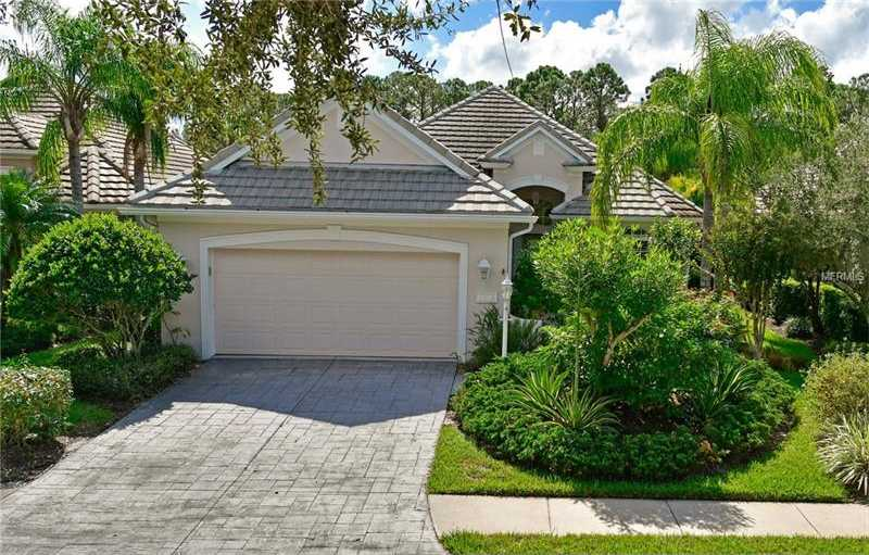 $399,900 - 3Br/2Ba -  for Sale in Lakewood Ranch Cc Sp C Un 3, Lakewood Ranch