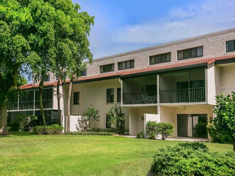 $549,000 - 2Br/2Ba -  for Sale in Seaplace I, Longboat Key
