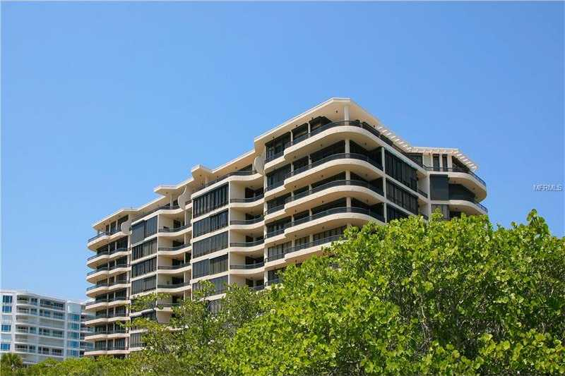 $4,200,000 - 4Br/5Ba -  for Sale in L Ambiance 1, Longboat Key