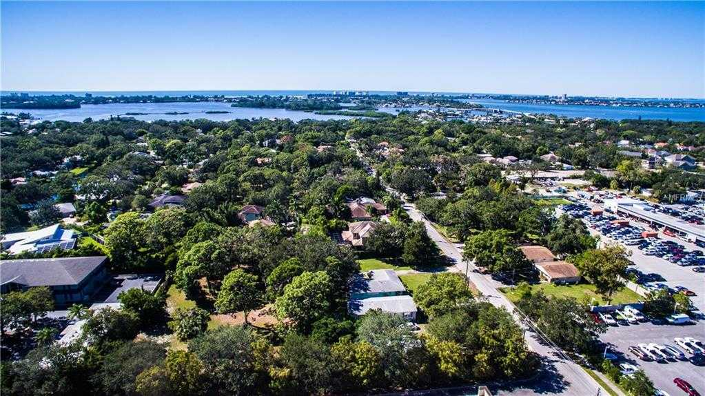 $759,000 - 2Br/2Ba -  for Sale in Hansen, Sarasota