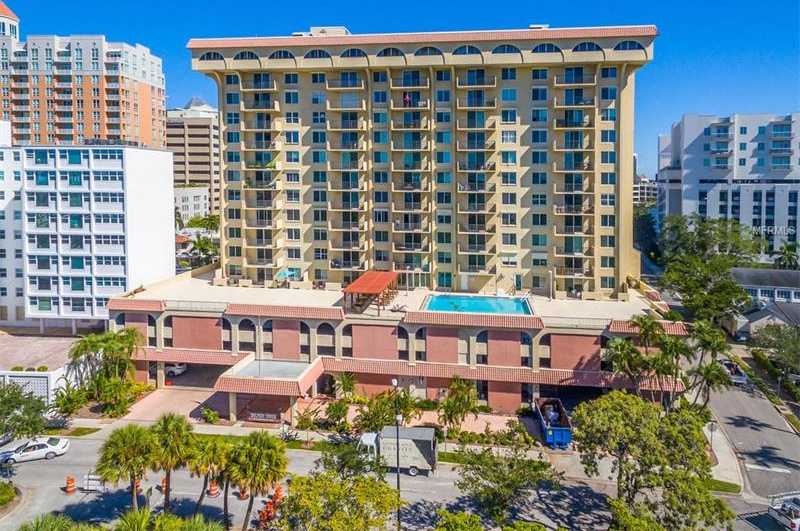 $430,000 - 2Br/2Ba -  for Sale in Dolphin Tower, Sarasota