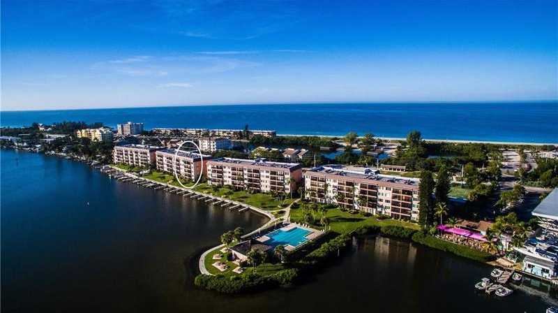 $314,900 - 1Br/1Ba -  for Sale in Sunrise Cove Sec 3, Sarasota