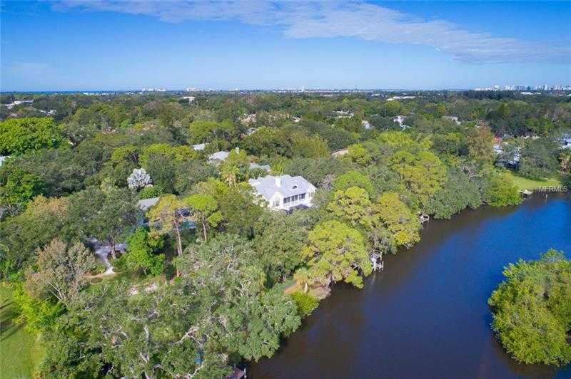 $1,588,000 - 3Br/3Ba -  for Sale in Ridgewood, Sarasota