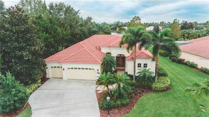 $590,000 - 4Br/3Ba -  for Sale in Lakewood Ranch Cc Sp L M N O, Lakewood Ranch