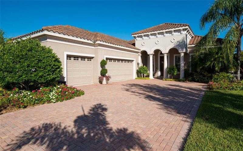 $545,000 - 3Br/3Ba -  for Sale in Lakewood Ranch Ccv Sp Hh, Lakewood Ranch