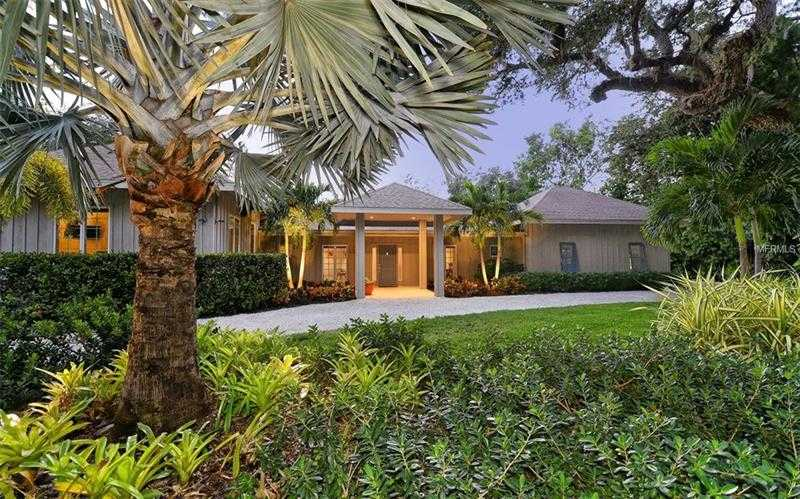 $1,950,000 - 3Br/4Ba -  for Sale in Hidden Harbor, Sarasota