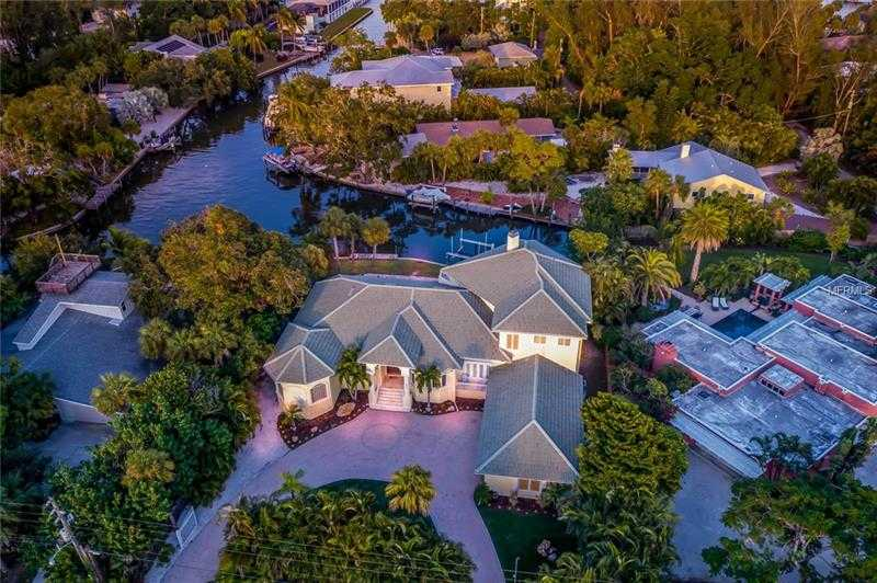 $2,100,000 - 5Br/6Ba -  for Sale in Midnight Harbor Sub, Sarasota