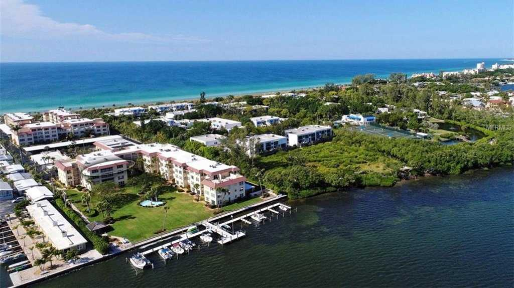 $675,000 - 3Br/3Ba -  for Sale in Beach Harbor Club, Longboat Key